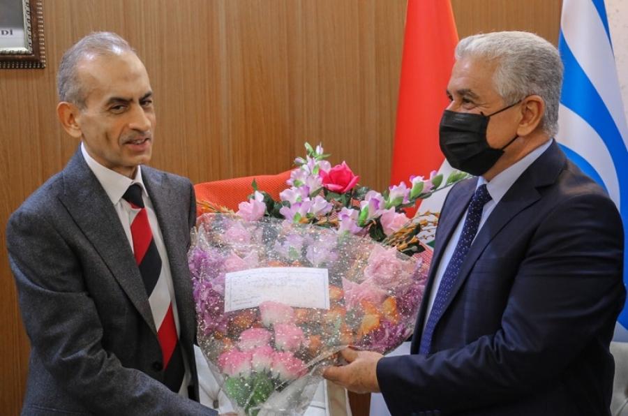 رئيس جامعة كركوك يهنئ رئيس الجبهة التركمانية