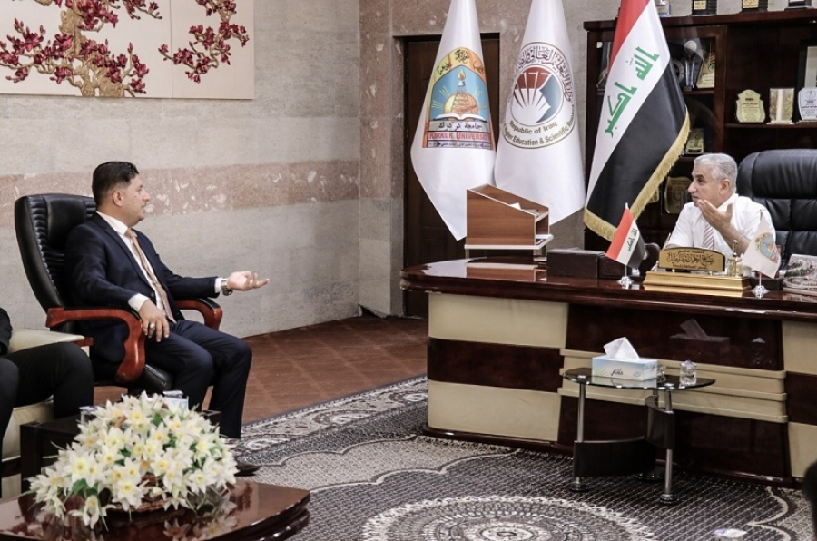 رئيس الجامعة يلتقي وفداً من مديرية مكافحة الإرهاب الفكري