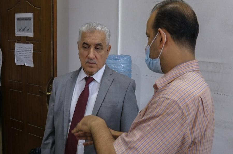 رئيس جامعة كركوك يجري زيارة تفقدية لأقسام رئاسة الجامعة