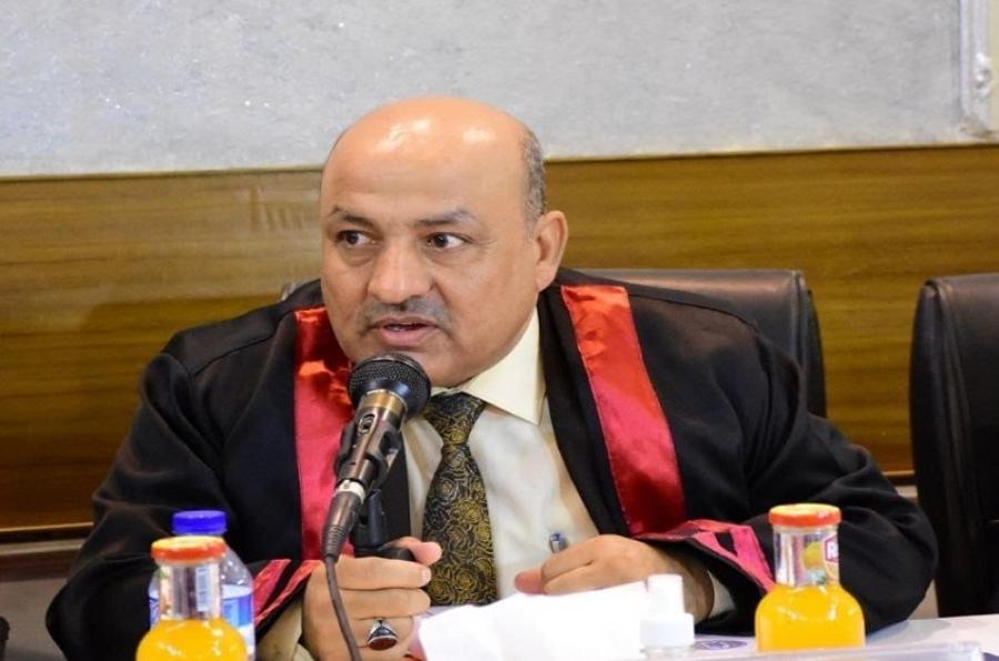 تدريسي  من جامعة كركوك يشارك في لجنة مناقشة اطروحة دكتوراه في بغداد