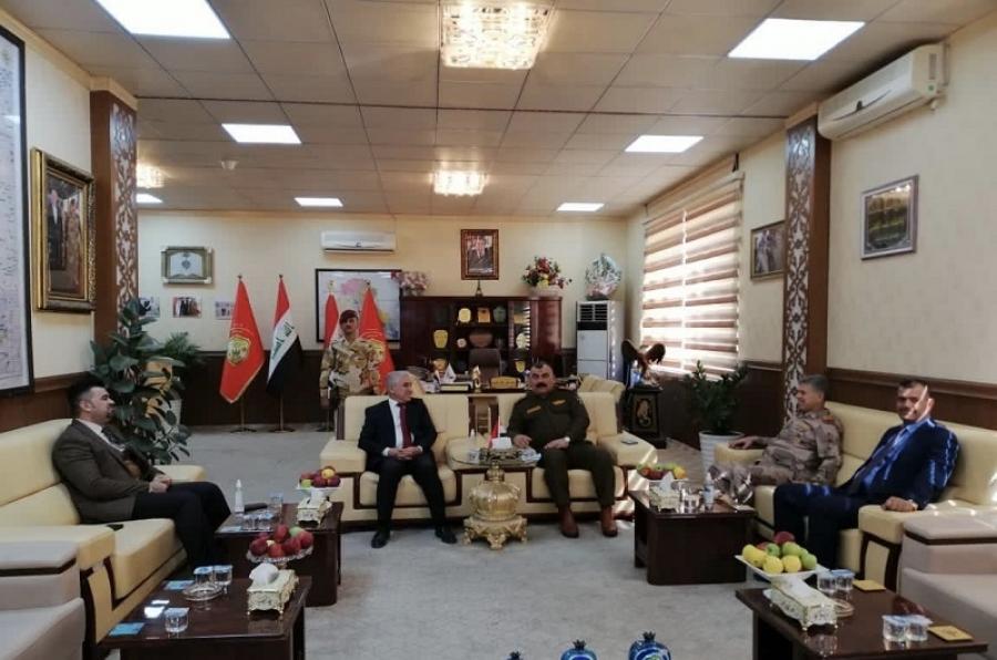 رئيس الجامعة يقدم واجب العزاء لقائد عمليات المقر المتقدم في كركوك
