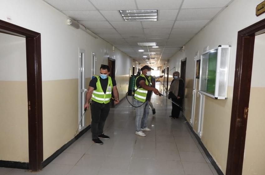 فريق سفراء السلام التطوعي جامعة كركوك يُنفذ حملة تعفير في جامعة كركوك