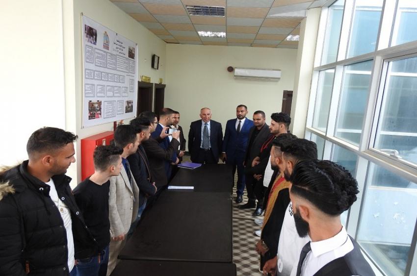 مديرية الأقسام الداخلية بالتعاون مع كلية العلوم وتكنولوجيا  الحاسبات في جامعة كركوك يستقبل وفد من ثانوية علي الوردي المسائية  .